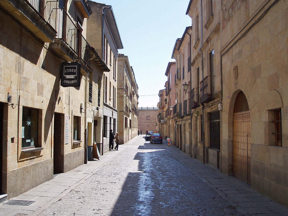 Salamanca film commission localizaciones calle la latina - Calle valencia salamanca ...